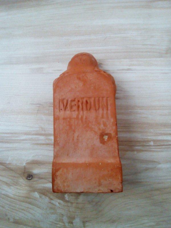 Borne de terre Verdun  suite