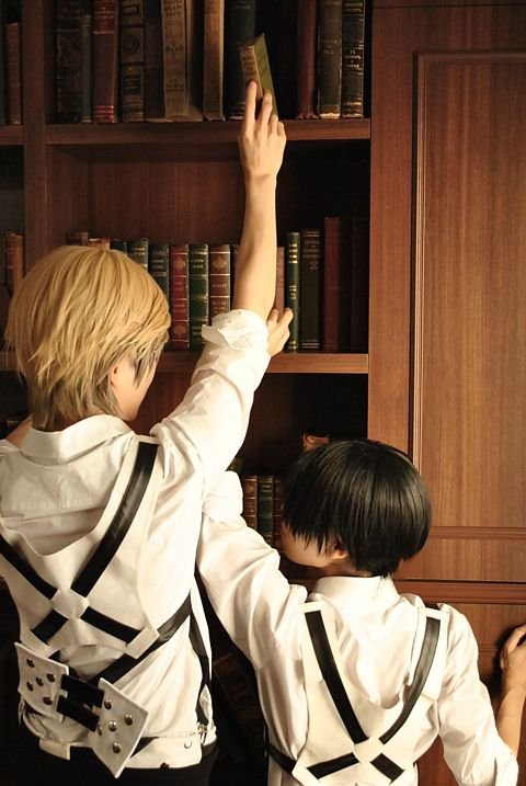 Cosplay Erwin Smith et Rivaille