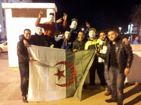 Les Algériens A-C-A-B