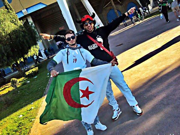 TOujOuurs Fiidel Au Verts , Algerien(ne) Ett Fiière