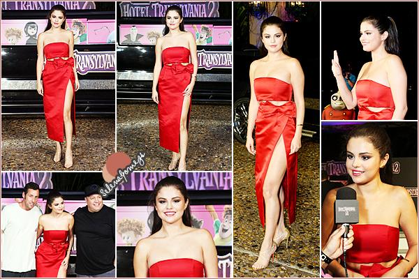 - 14/06/15 - Selena s'était rendue à la soirée du film Hotel Transylvania organisée par Sony Pictures, à Cancùn ●● C'est dans une ravissante tenue rouge que nous retrouvons lors de cet événement notre Starlette, souriante, toujours au TOP -