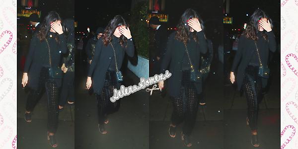 '  10.01.2015 - Selena a été vue arrivant et sortant du Chateau Marmont, à Wesh Hollywood. Côté tenue, toujours habillée de en noir de la tête au pied notre Selena nous à fait un petit TOP '