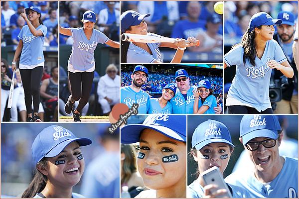 - 19/06/15 - Miss Gomez s'est rendue au stade Kauffman Stadium pour y jouer au baseball, à Kansas City ●● Cette célébration avait pour but de récolter des fonds pour les enfants de l'hôpital Mercy. Qu'en pensez-vous ? Selena était toute rayonnante -