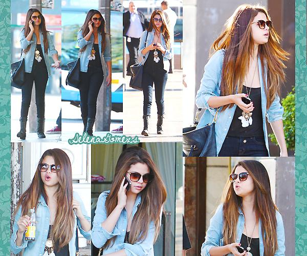 '  17.07.2012 - Notre belle Selena faisait du shopping dans Bondi Beach en Australie Côté tenue je donne un TOP pour notre ravissante Gomez qui est toujours au top '