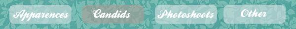 '  01.03.2012 -  Selena et une amie ce sont rendus dans un salon de bronzage, en Floride Côté tenue je donne un top pour notre starlette, tenue simple et décontractée mais jolie '