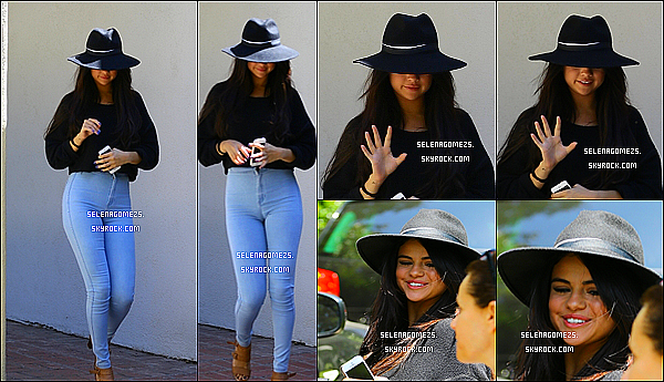 30.Juin.2014 : Selena était au domicile de sa styliste Basia Richard, à Hollywood