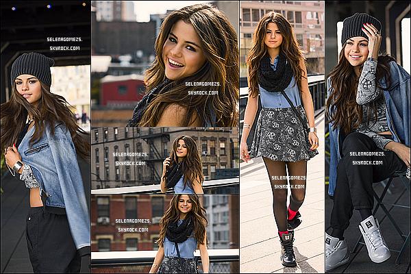 05.08.2014 : Selena à été vues quittant une réunion à Los Angeles