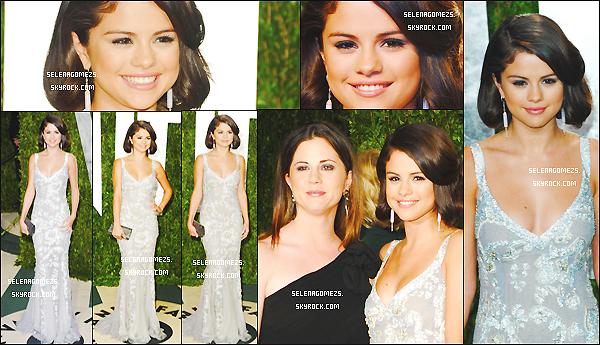 26/02/2012 : Selena était présente aux Vanity Fair Oscar Party, à Los Angeles