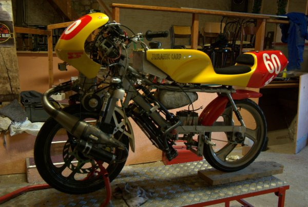 Modification d'un pot MVT Carrera