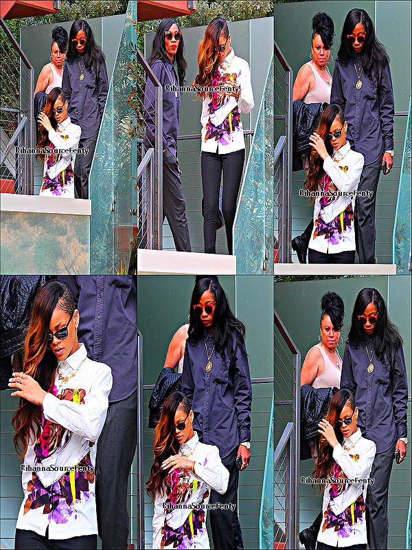 06/02/13 : Rihanna a été aperçue hier quittant la maison de C.Brown à Los Angeles elle été avec  Melissa .