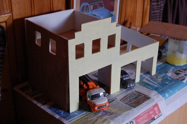 Diorama garage citro n il n 39 y a de nouveau que ce qui a t oubli - Garage miniature citroen ...
