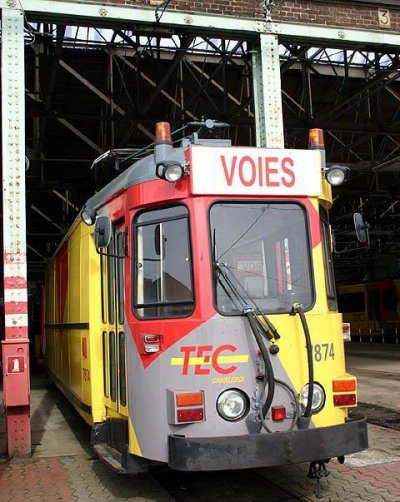 un petit tour rapide au depot TEC de jumet ( c'été en 2005)