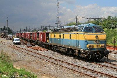 la 5505 bleue