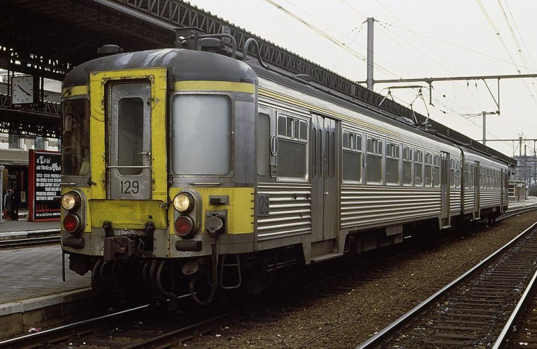 Les AM 56 ( BUDD ) SNCB