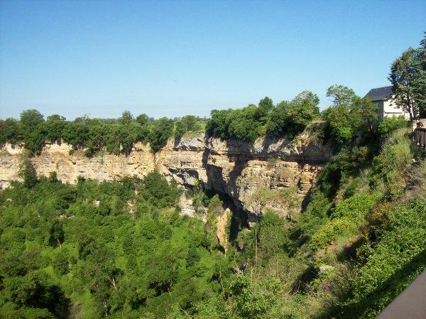 Site geologique de bozouls dép 12
