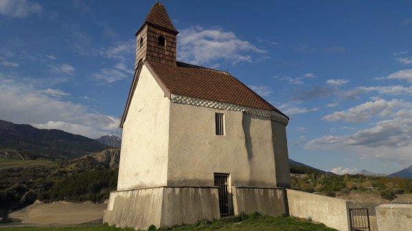 Visite de la chapelle ST Michel sans eau à Savines