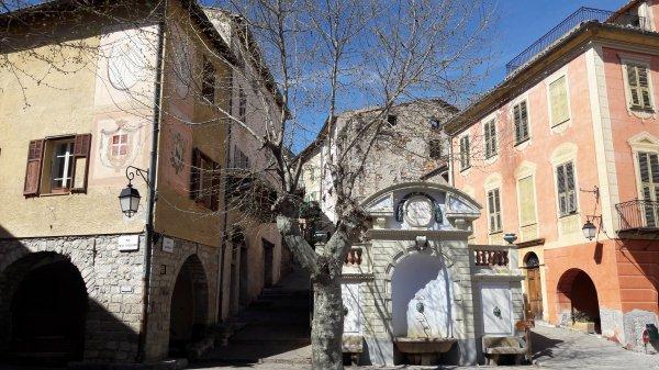 Visite du village d'Utelle