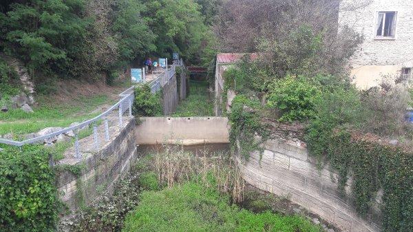 Visite du canal du rocher percé (Dép:42)