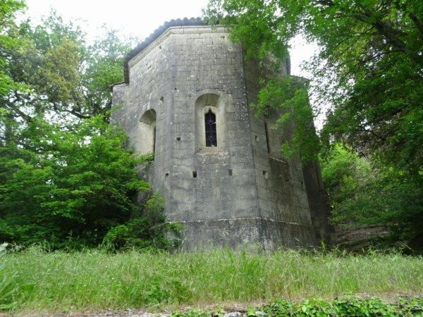 Visite du Prieuré de Carluc (Dép:04)