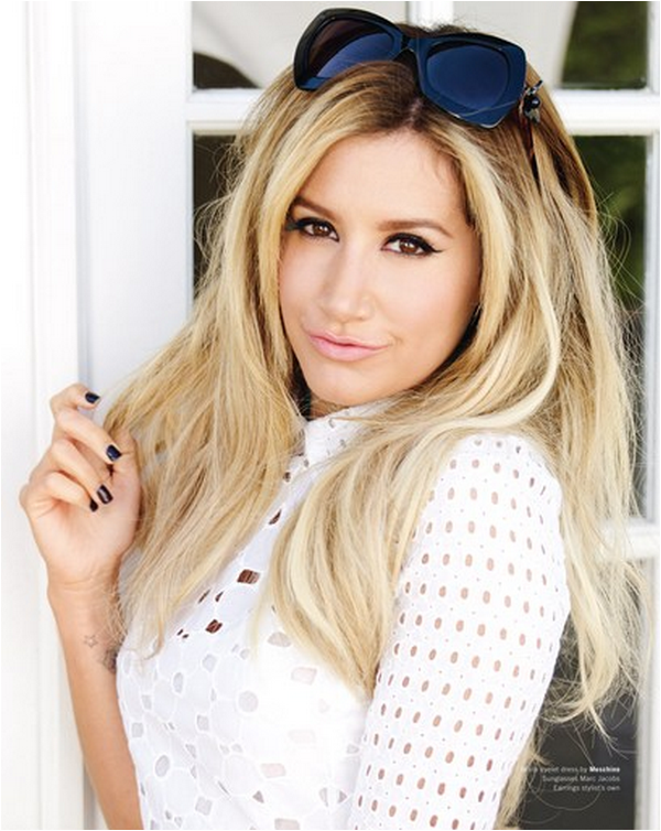 × Ashley pour Maniac Magazine (mai - juin 2013)