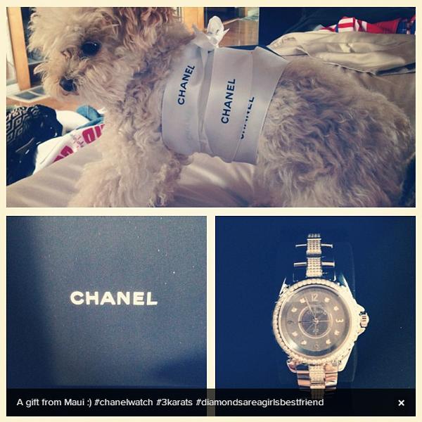 × L'un des cadeaux d'anniversaire d'Ashley ? Une montre Chanel !