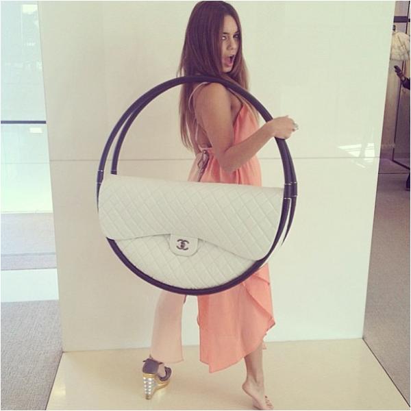 """× """"Just cray cray"""". #uneseulechaussures #Chanel la semaine dernière avec @nataliesaidi"""" - Vanessa sur Tumblr"""