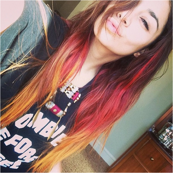 """Nouvelle photo de Vanessa postée sur Tumblr : """"j'adooore mes cheveux"""""""