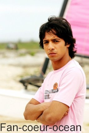 Shafik Ahmad joue le rôle d'Axel !