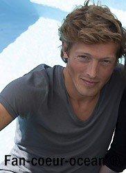 Guillaume Dolmans joue le rôle de Julien !