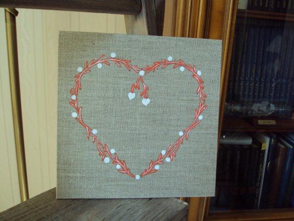 Coeur façon corail sur lin ( 20x20 )