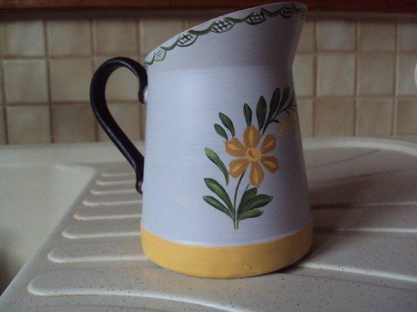 Petit pot à lait ( chinè en brocante) et reloocké