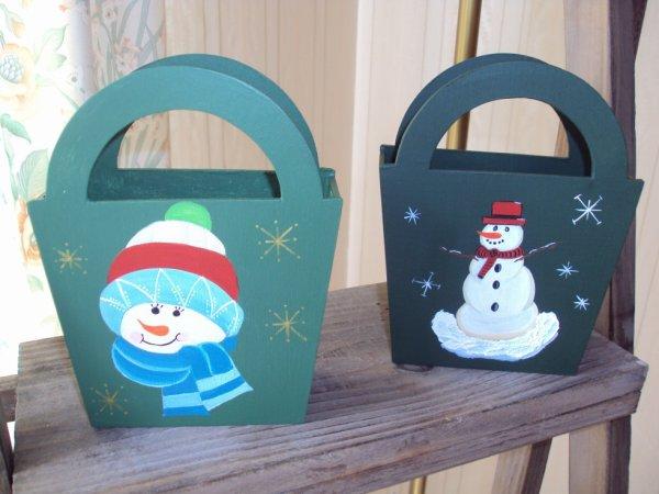Petits paniers ( bonbons, chocolats....) décorés pour Noel.