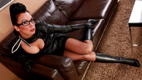 la secrétaire....