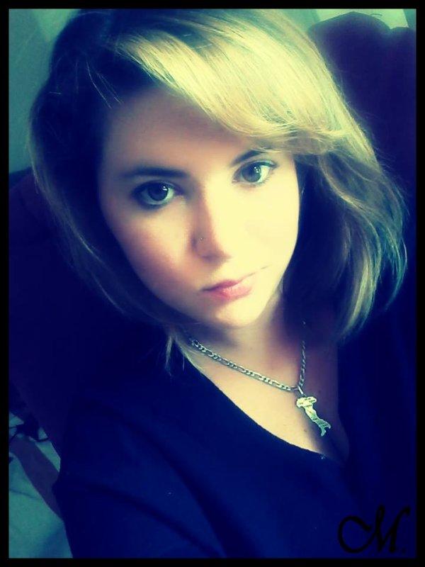» B A A B Y x L O O V E - X 3. S K Y S T Y L E . C O M  J'peux faire beaucoup par Amour, mais encore plus par Haine ... ♥