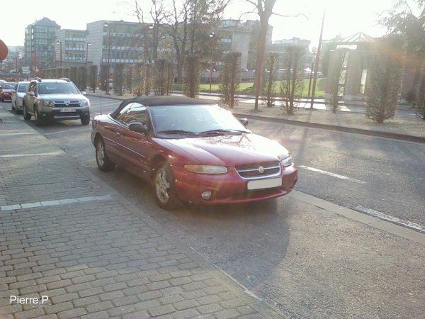 Chrysler Stratus convertible - Charleroi - Belgique