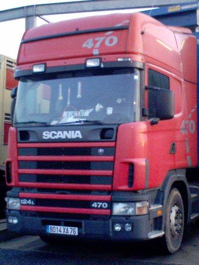 Le Scania 124L 470 des transports Braquehais de Touffreville (76).