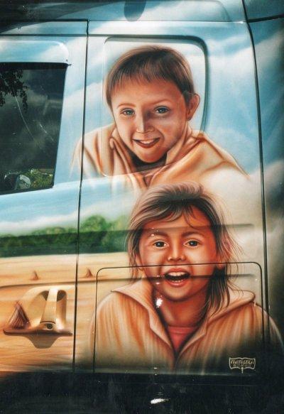 Une peinture signée par le réputé Fantastica.
