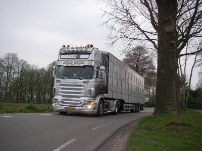 Suite de la spéciale des Pays-Bas et comme promis, la maison Givar (NL).