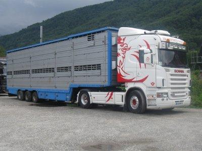 Un ensemble qui a été aperçu par Nico, un Scania de chez B.B.C (70).