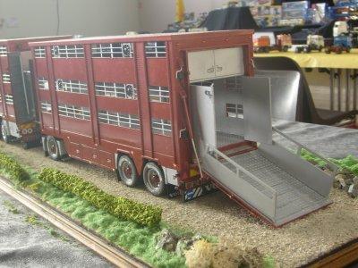 Le soin donné à chaque détail est impressionnant, un camion de concours.
