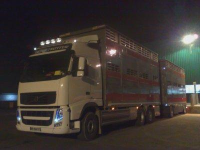 Le tout premier camion remorque chez Transbocage (14).
