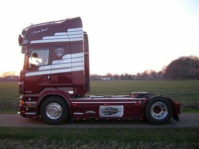 Le nouveau joyau de la flotte, un Scania R730.