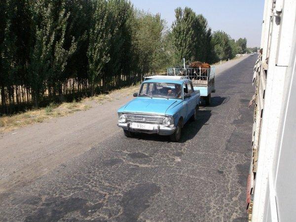 Dernière ligne droite en Ouzbékistan pour se rendre dans la province de Namangan.