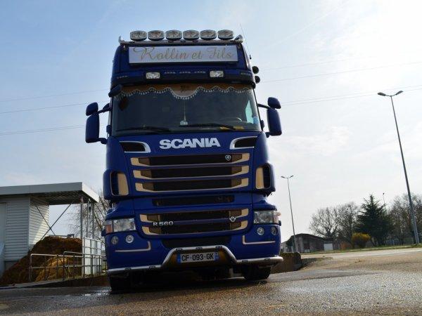 Les Scania R560 de Maxime et Noël Rollin, artisans transporteurs à Rouy (58).