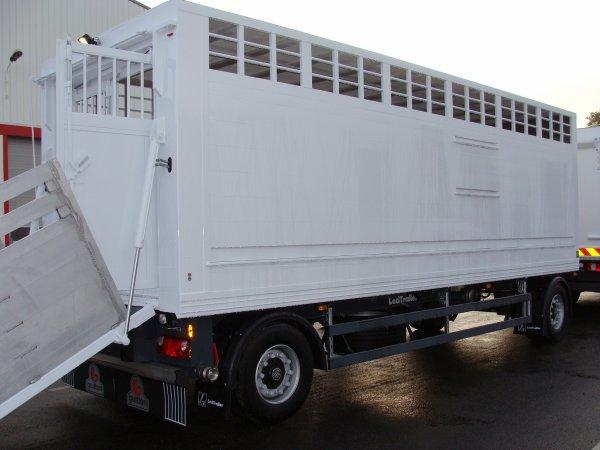 Quelques carrosseries bovines atypiques et des explications sur les châssis.