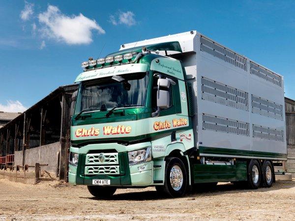 Deux autres modèles pour finir avec la carrosserie Houghton Parkhouse (UK).