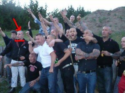 Un candidat frontiste de plus avec des néo-nazis ? (21/04/2011)