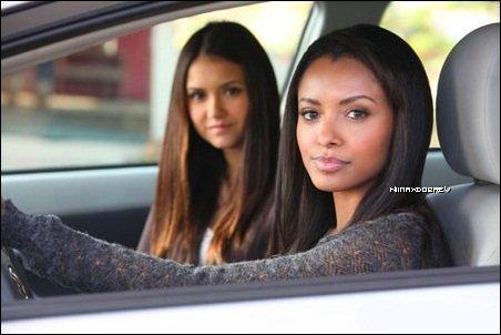 _ Voici 7 stills de Nina lors de son shooting pour le magsine Nylon de février 2012. Vos avis ? _