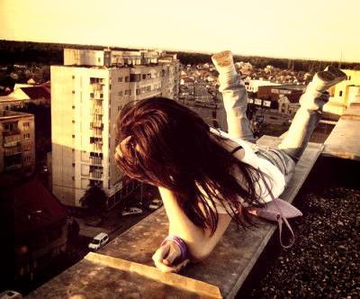 Cette peur panique de perdre, et pour toujours, ce qui me tient le plus a coeur. S'il part, c'est qu'il ne m'aime pas et que jamais il ne reviendra