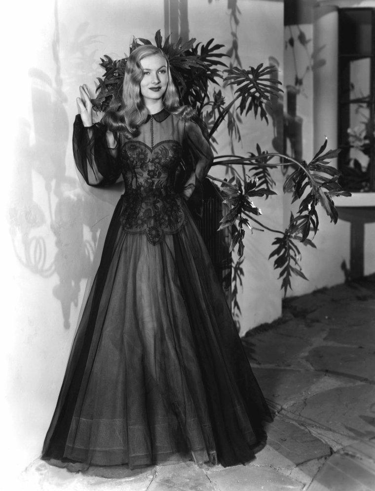 Veronica LAKE (14 Novembre 1922 / 7 Juillet 1973)